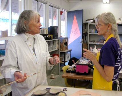 Wyndy, Gail, pottery
